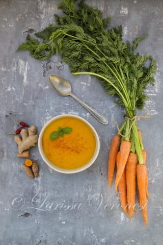 Karotten-Kurkuma-Suppe mit Ingwer und Chili